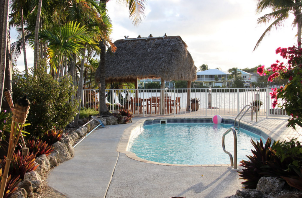 Vacation property website for small property owners